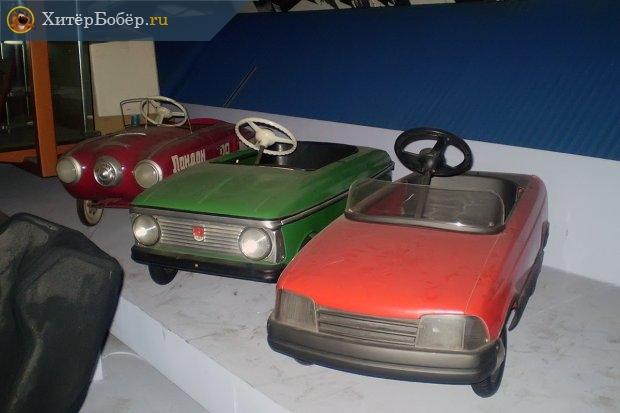 Москвич-2141 и другие педальные машины