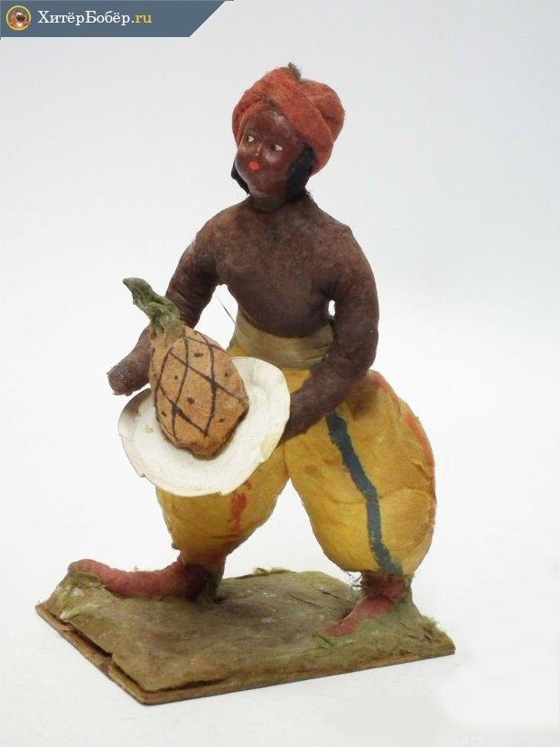 Ёлочная игрушка «Индус с ананасом»