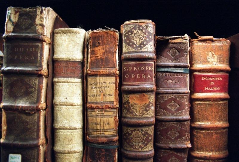 Книги, которые можно выгодно продать